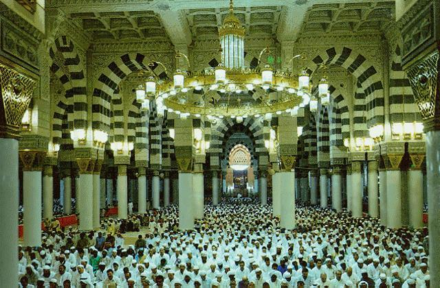 Prophet's Mosque - Inside view